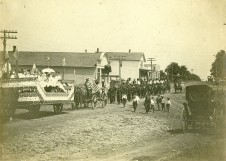 July 4th Parade, Alta Vista, Kansas - 1905