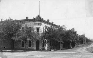 Brandt Hotel, Alma, Kansas - c.1908