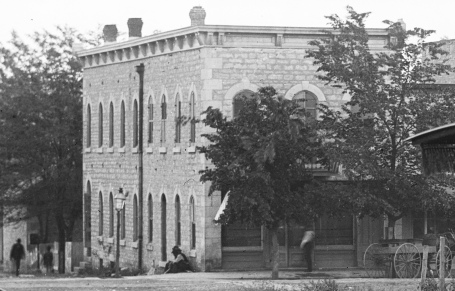 The Horne family's saloon was located in this building from the late 1880s through the early 1900s. In this view from the 1890s Joker Horne's ice house is visible at the far left of the photo.