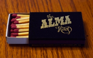 This box of matches was an advertising item given to customers of the hotel and French restaurant operated by Gordon Bute in the early 1970s.